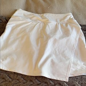 White Athleta skort size MT